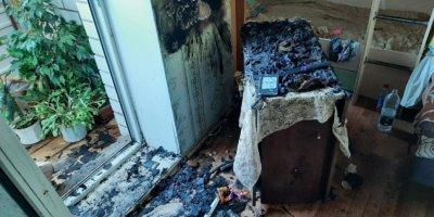 Причиной пожара в Великих Луках стала неосторожность при курении