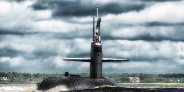 Великолучан приглашают принять участие в разработке герба для подводной лодки