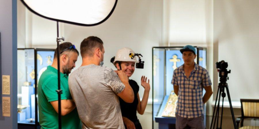 Съемочная группа телеканала «Моя планета» побывала в Псковском музее