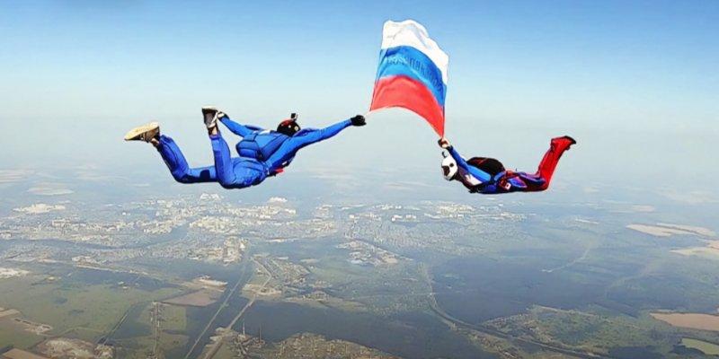 Акцию в поддержку олимпийцев проводит Народный фронт
