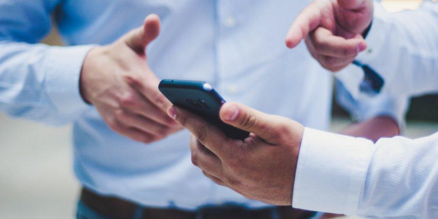 Зарегистрировать ИП в России можно с мобильного телефонв