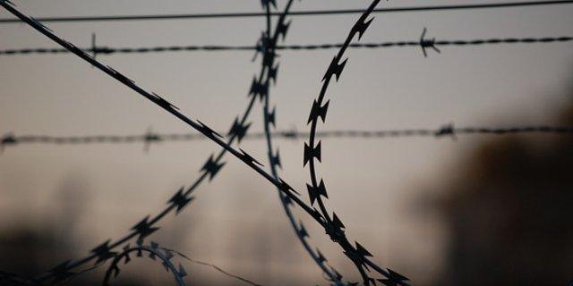 В Локне мужчина осужден за доведении до самоубийства супруги и истязание детей