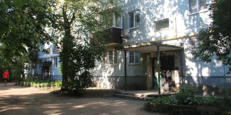 Двор на улице Юбилейной, 75 в Пскове отремонтируют в этом году