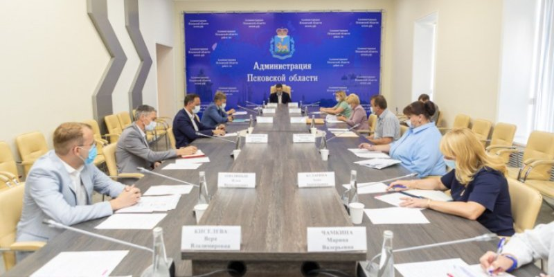 В Пскове обсудили подготовку региона к отопительному сезону