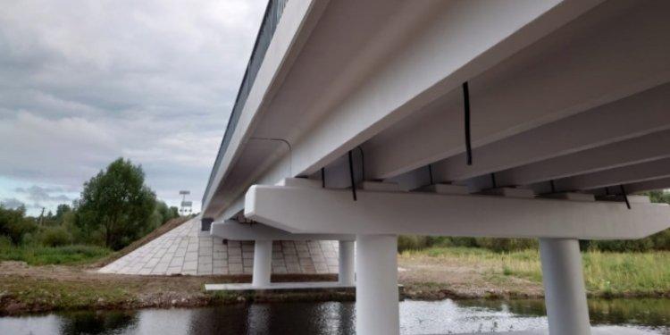 Завершена реконструкция моста через реку Ашевку в Бежаницком районе