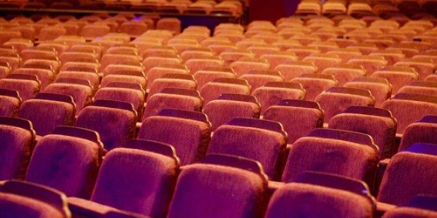 В связи с ограничительными мерами изменилось расписание великолукского театра