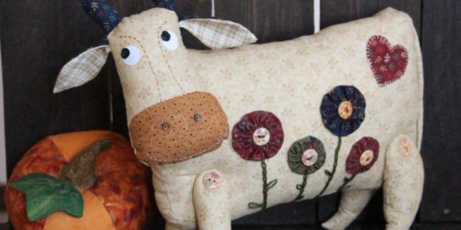 Выставка лоскутного шитья открылась в Доме ремесел в Пскове