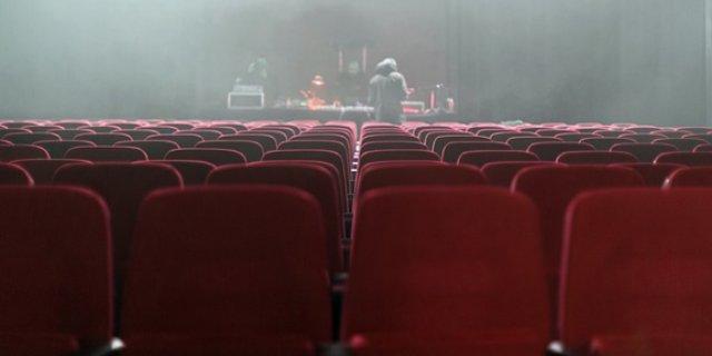 """В Великих Луках пройдет арт-эксперимент """"Театр-24"""""""
