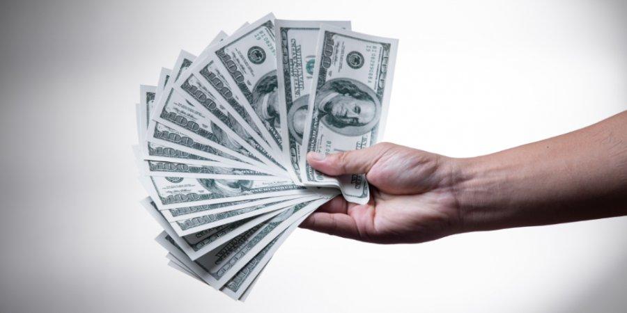 Государственные гарантии помогли малому бизнесу получить в кредит 2,4 млрд