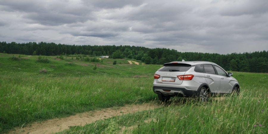 Машины «АвтоВАЗа» подорожали в шестой раз за год