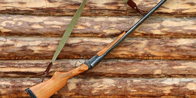 Великолучанин застрелил своего соседа из ружья